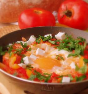 Блюдо из яиц Шакшука
