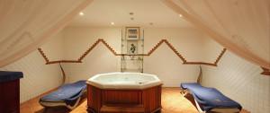 Гидромассажная ванна