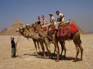 Дорога к пирамидам и обратно