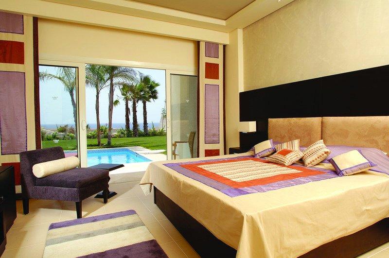 Номер в отеле Grand Rotana Resort & Spa