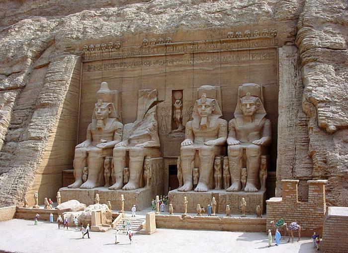 Храм Рамсеса II в Абу-Симбел