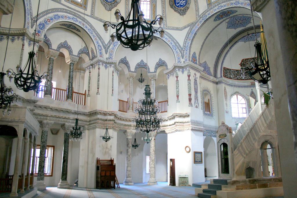 Церковь Святых Сергия и Вакха