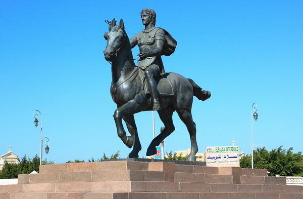 Памятники Александрии