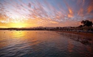 Закат на пляже в Шарм-эль-Шейхе